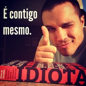 Pim-Contigo-idiota-300x300