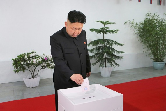 Kim Jong Um vota em si mesmo